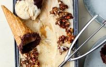 Pumpaglass med chai & dulce de leche swirl + honungskanderade sötmandlar…i en chokladdoppad strut med nutella