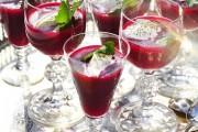 Rödbetssoppa med ingefära och smetana