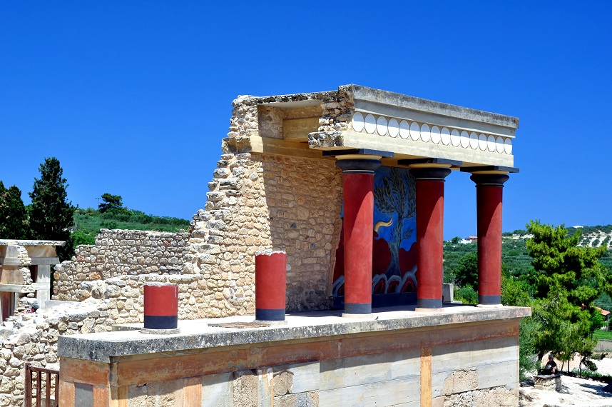 887085-archaeological-site-of-knossos-minoan-palace-crete