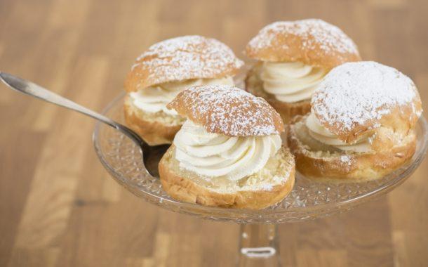 Varannan svensk firar semmeldagen