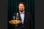 Edward Blom lanserar en högtidssnaps för alla livsnjutare